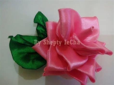 youtube membuat bunga mawar dari pita cara membuat bros bunga mawar dari pita satin youtube