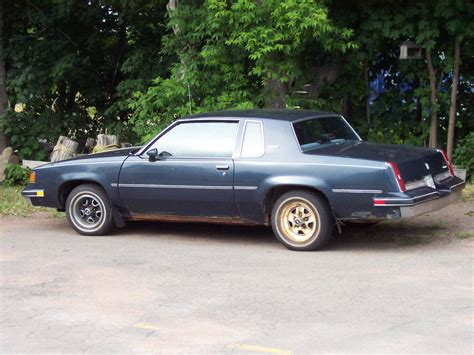 oldsmobile cutlass supreme oldsmobile cutlass supreme 1987 www imgkid the