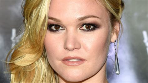julia styles transgender julia stiles she is transgender pictures to pin on