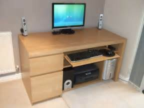 Small Pc Desk Ikea Small Computer Desks For Small Spaces From Ikea 3