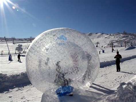 jackie chan zorb ball holleyweb news the beginning of the zorb ball founded