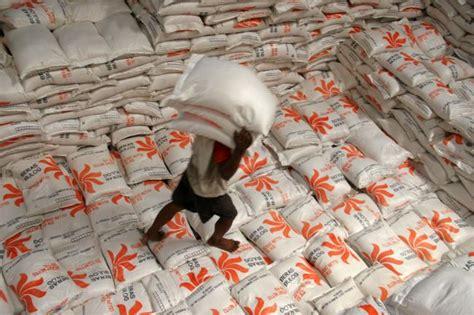 Karung Bulog 25 Kg harga beras di karimun melonjak tinggi tak hanya pembeli