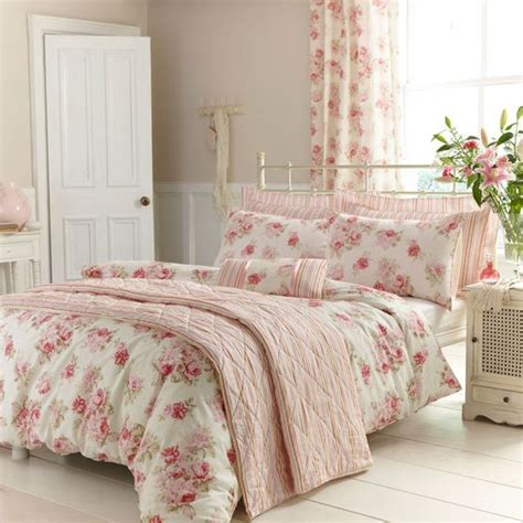 bedroom cozy red white floral motif bedroom curtains combination 31 beautiful and romantic floral bedding sets digsdigs