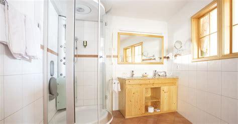 Zimmer Mit Violetten Wänden by 4 Urlaub Im Schwarzwald Buchen Hotel K 228 Ppelehof