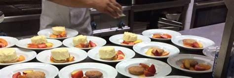 dressage des plats en cuisine la carte du restaurant le quercy 224 lauzerte h 244 tel