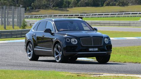 bentley australia 2016 bentley bentayga review australian track test