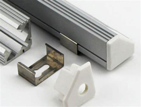 Schiene Für Küchenschublade by Led Aluminium Profil Schiene Mit Abdeckung F 252 R Led