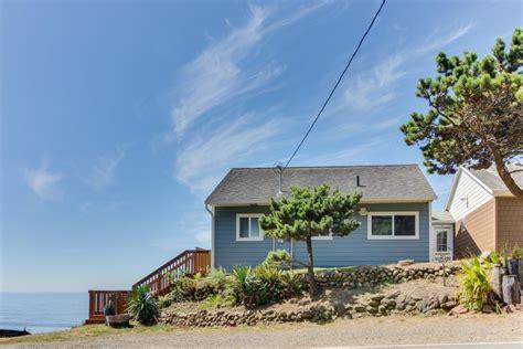 Oceanside Cottages by Blue Sea Oceanfront Cottage 2 Bd Vacation Rental In