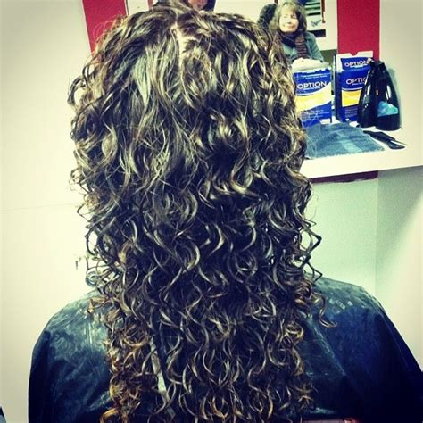 what size perm rods for loose spiral nicely done spiral perm on white rods curly hair perms