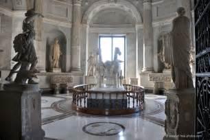 Design Room Online Free photo chariot room vatican museum