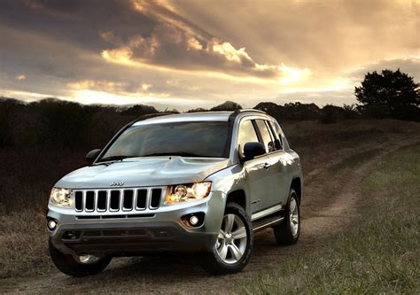 Jeep Compass Length 2012 Jeep Compass Review Specs Pictures Price Mpg