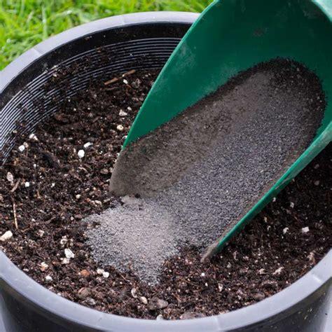 Soilkey Basalt Rock Dust Urban Garden Seeds Rock Dust Minerals For Garden