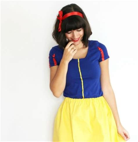 Handmade Snow White Costume - snow white costume family crafts