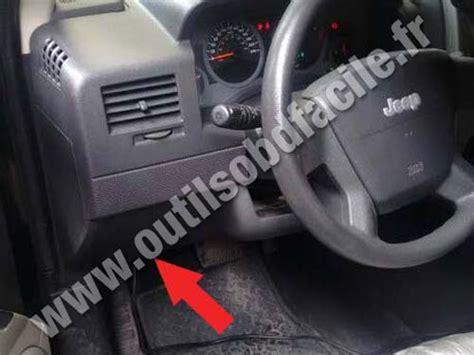 Jeep Diagnostic Prise Obd2 Dans Les Jeep Patriot 2006 Outils Obd