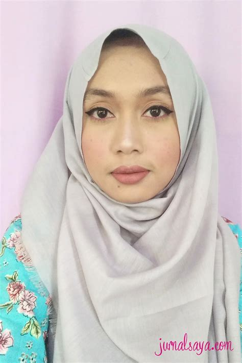 Eyeshadow Basah review real technique sponge jurnalsaya