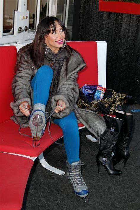 dancing   stars karina smirnoff ice skating   york photo pure dancing   stars