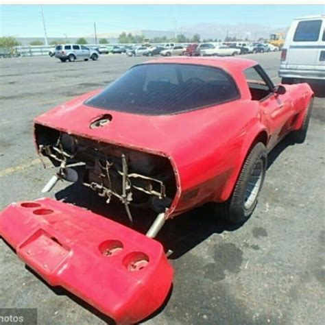 1980 corvette seats 1980 corvette 350 automatic has minor rear end damage