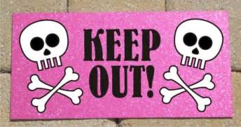 keep out signs for bedroom doors metal sign skull and crossbones keep out pink sparkle