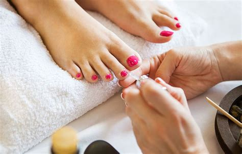 Pedicures Test2 by Indiana Hospitalized With Foot Infection After Pedicure