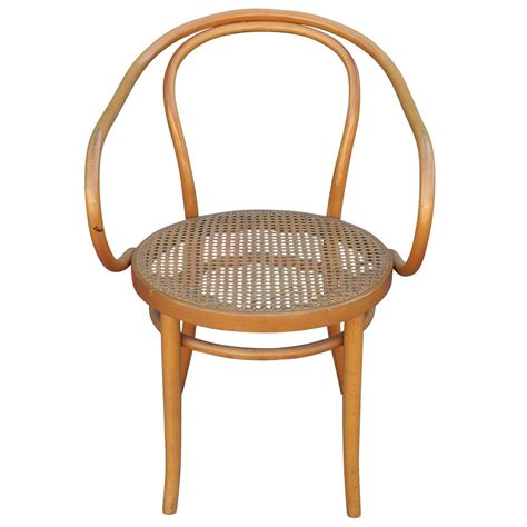 Thonet Dining Chair Set Of Six Thonet 209 Bentwood And Dining Chairs At 1stdibs
