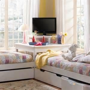 shared girls bedroom ideas ideas for girls shared room homedecoriez com