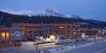 Car Rental Age Alberta The Crimson Jasper Jasper Alberta Hoteles En Jasper