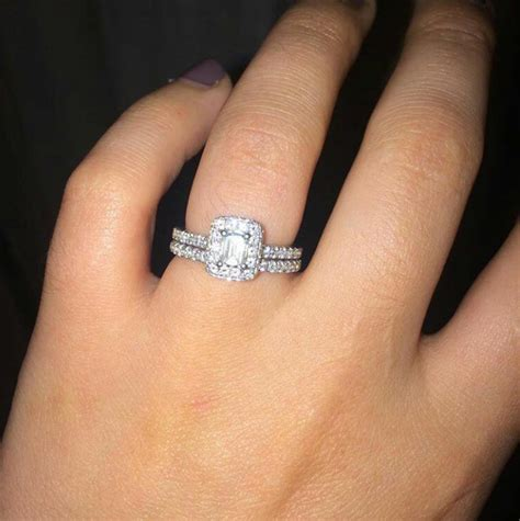 greenberg s jewelers the ultimate guide for styling your wedding rings