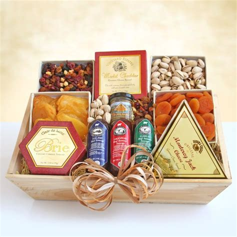 best food gidt sets cheese nuts gourmet gift crate by amerigiftbaskets