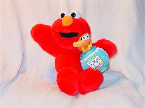 wallpaper elmo and friends elmo valentine wallpaper pictures to pin on pinterest