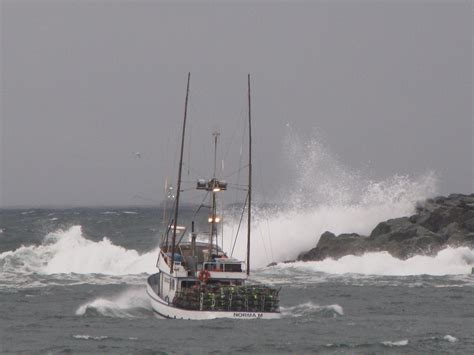 small boats for sale oregon dungeness crab boats oregon wa pnw crabbers dungeness