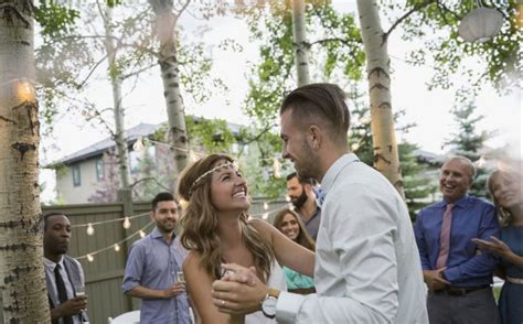 how to plan a wedding with less than 5000 wedding