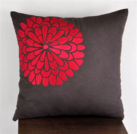 red sofa throw covers best 25 red couch pillows ideas on pinterest living