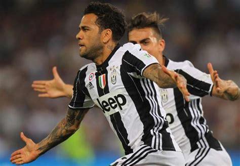 ronaldo 7 juventus lazio juventus coppa italia alves rivalling ronaldo for europe s most decisive player