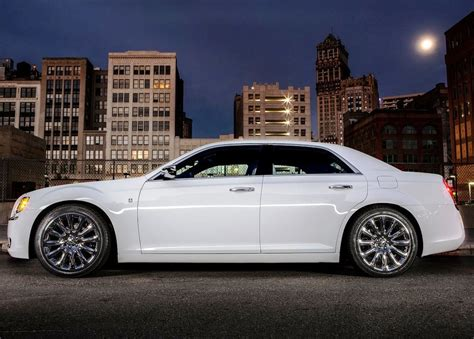 2013 Chrysler 300 Motown by 2013 Chrysler 300 Motown Side View Gallery Photo 6 Of 7