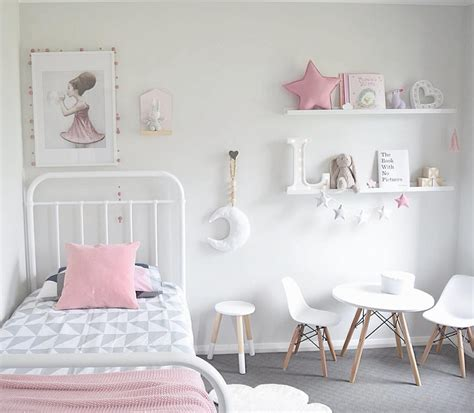 design minimalist scandinavian kids bedroom