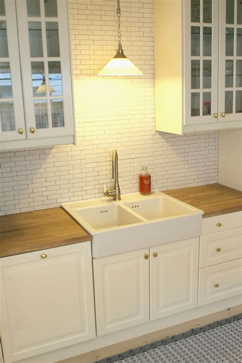 pendant light above kitchen sink beautiful pendant light above kitchen sink gl kitchen design