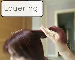 layering hair at home elledeesbeauty how to cut and layer your own hair at home
