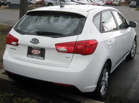 books about how cars work 2011 kia forte spare parts catalogs file 2011 kia forte ex hatch 02 28 2011 jpg wikimedia commons