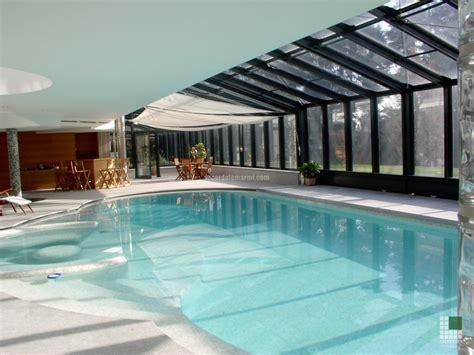 agriturismo piscina interna piscina villa brianza sacerdote marmi carrara