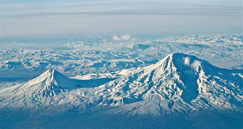 gunung ararat turki melacak keberadaan bahtera kapal nabi