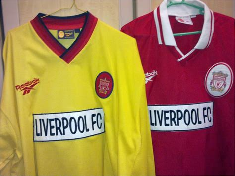 Jersey Liverpool 1415 Hitam 1 is of surprises liverpool fc pasal jersi