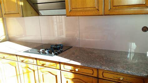 crédence en stratifié pour cuisine chambre couleur prune