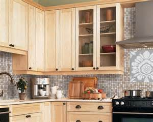 Light Maple Kitchen 17 Best Ideas About Maple Kitchen Cabinets On Kitchen Cabinets Craftsman Kitchen