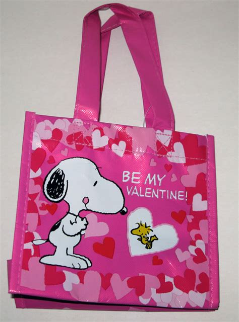 valentines day bag snoopy woodstock valentine s day bag collectpeanuts