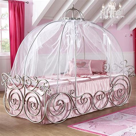 amazing design of the princess canopy bed with white silk