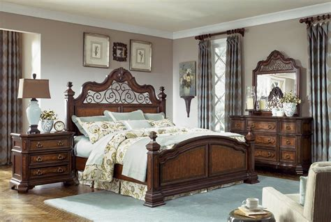 legacy classic royal tradition poster bedroom set