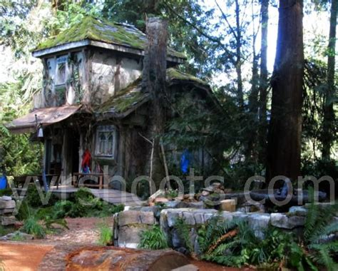 Percy Jackson Cabins by Percy Jackson Sea Of Monsters C Half Blood Cabins In
