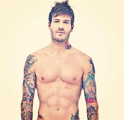 hot tattoo sleeves guys chicos guapos tatuados