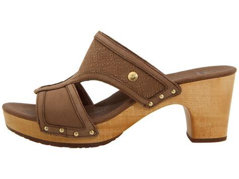 ugg clog sandals nib ugg issa mosaic sandal wooden clog platform fawn ebay