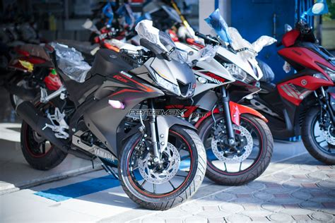 Teringann All New Yamaha R15 yamaha all new r15 vs yamaha r25 pertamax7